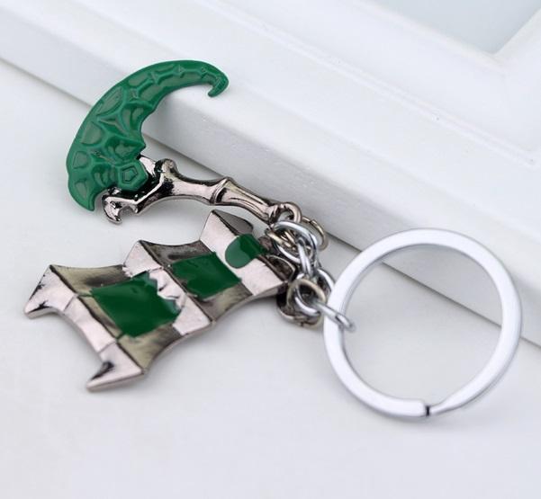 Thresh Hook With Lantern Keychain 3