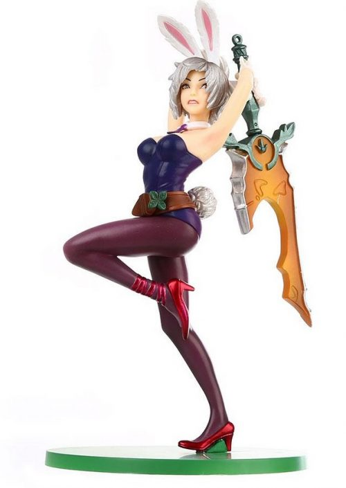 Classic Battle Bunny Riven Action Figure 2