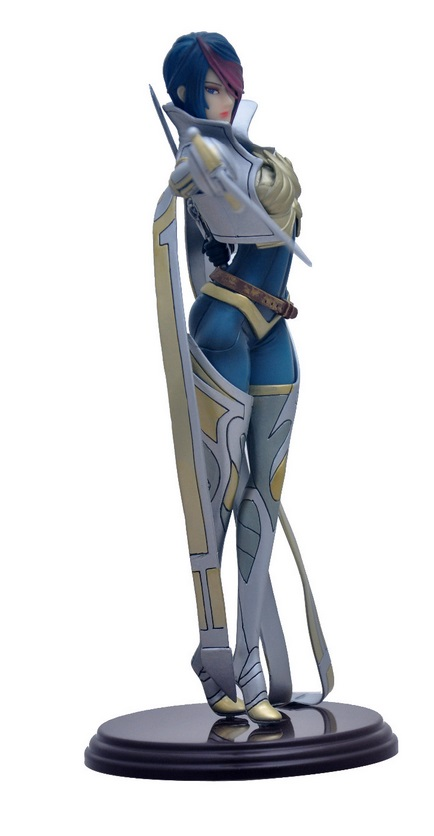 Fiora Action Figure 3